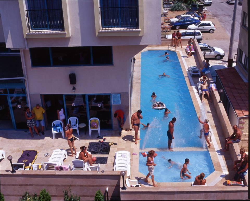 ayvalik-sarimsakli-havuzlu-otel